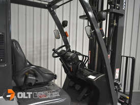 Nissan P1F1A18DU Forklift 1.8 ton LPG fork 5500mm Lift Height 3 Stage Mast - picture7' - Click to enlarge