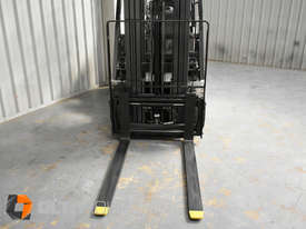 Nissan P1F1A18DU Forklift 1.8 ton LPG fork 5500mm Lift Height 3 Stage Mast - picture14' - Click to enlarge