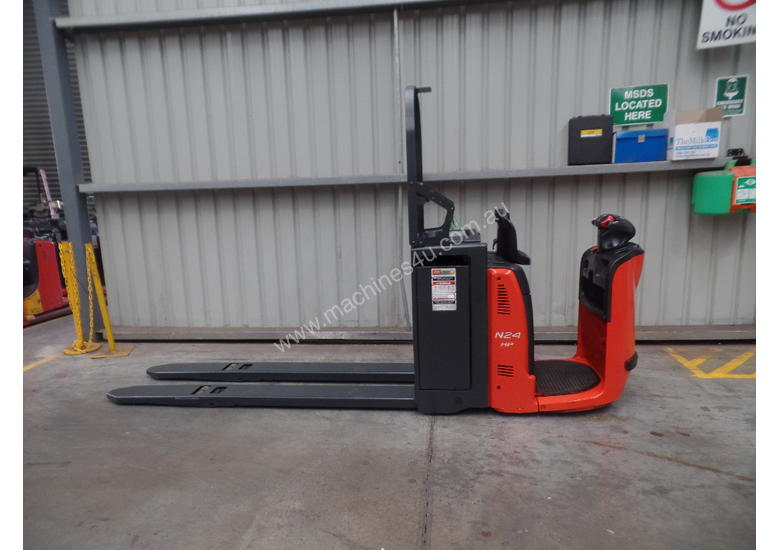 Used Forklift: N24HP Genuine Preowned Linde 2.5t