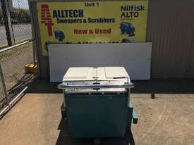Tennant 186E Battery powered industrial walk behind - $2,500 +GST - picture7' - Click to enlarge