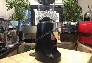 MAZZER ROBUR ELECTRONIC BLACK ESPRESSO COFFEE GRINDER MACHINE CAFE BARISTA BEANS