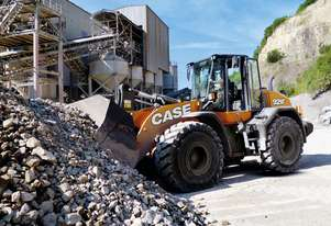 Case   921F WHEEL LOADERS