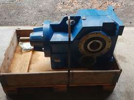 Benzlers Reduction Gearbox - picture2' - Click to enlarge