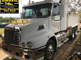 2013 Freightliner CL112 Bogie Tipper Truck. EMUS TS433 - picture0' - Click to enlarge