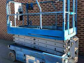 SCISSOR LIFT GENIE 26FT USED - GS2646 - picture0' - Click to enlarge