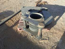 Wood Shear Attachment to Suit 30 Ton Excavator - picture1' - Click to enlarge