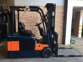 Late Model TOYOTA 7FBE18 4.5m Container Mast SS Great Battery Low Hrs Runs Well! - picture0' - Click to enlarge