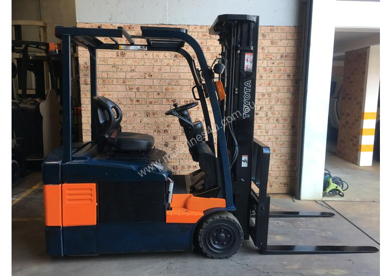 Late Model TOYOTA 7FBE18 4.5m Container Mast SS Great Battery Low Hrs Runs Well!