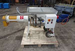 Continuous mixer for grout and mortar