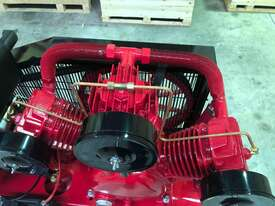 BOSS 42 CFM/ 10HP DIESEL COMPRESSOR ON 160L TANK - picture2' - Click to enlarge