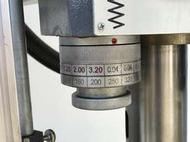 SM-RD1650 � 1650mm Arm � Power Column & Locking  - picture11' - Click to enlarge
