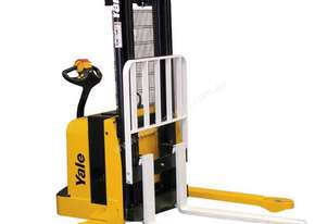 Yale MSW030 WALKIE STACKER - 2012 Model Clearance