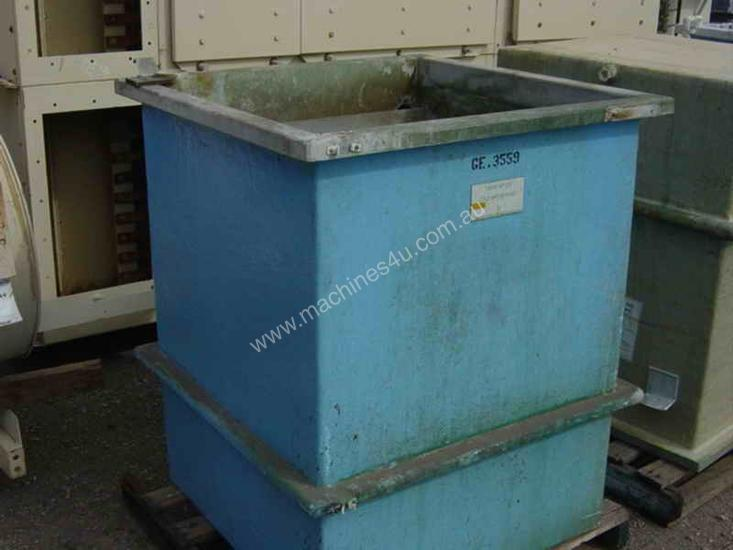 Hard Plastic Water Tank
