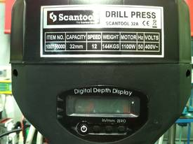 Industrial Belt Drill, Reverse Vice, LED Lamp - picture8' - Click to enlarge