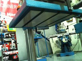Industrial Belt Drill, Reverse Vice, LED Lamp - picture11' - Click to enlarge
