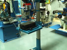 Industrial Belt Drill, Reverse Vice, LED Lamp - picture12' - Click to enlarge
