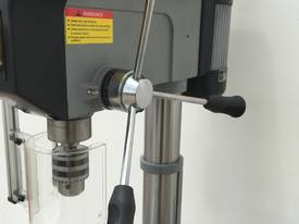 Industrial Belt Drill, Reverse Vice, LED Lamp - picture17' - Click to enlarge