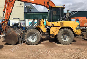 VOLVO L45B LOADER ** COMES WITH COMPLETE SPARE