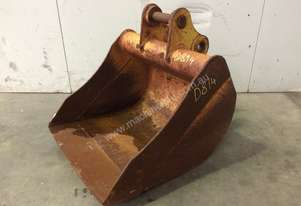 600MM SAND BUCKET IN GOOD CONDITION SUIT 3-4T EXCAVATOR D814