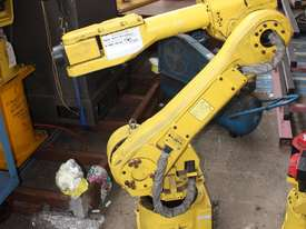 FANUC COMPLETE Robot System R-J3IB - picture1' - Click to enlarge