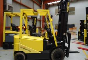 Hyster 4 Wheel Battery Electric Forklift