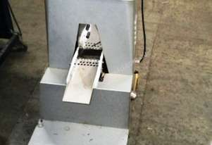 King Vibratory Tablet Deduster with screen.