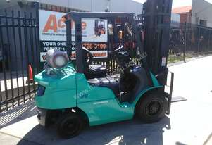 Mitsubish Forklift 2.5 Ton 6000mm Lift Height Fresh Paint