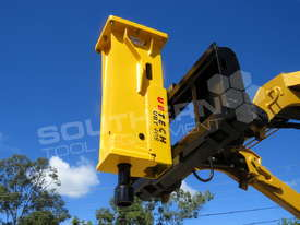 UBT40S Tractor Front End Loader Silence Hydraulic Post Driving Hammer ATTUBT - picture0' - Click to enlarge