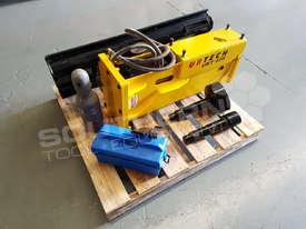 UBT40S Tractor Front End Loader Silence Hydraulic Post Driving Hammer ATTUBT - picture4' - Click to enlarge