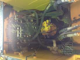 Hyundai R140W-9 Wheeled Excavator, 14ton - picture10' - Click to enlarge