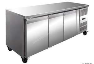F.E.D. GN3100FER TROPICALISED Solid S/S 3 Door Gastronorm Bench Freezer