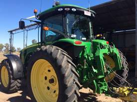 John Deere 8335R FWA/4WD Tractor - picture4' - Click to enlarge