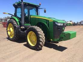 John Deere 8335R FWA/4WD Tractor - picture9' - Click to enlarge