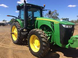 John Deere 8335R FWA/4WD Tractor - picture6' - Click to enlarge