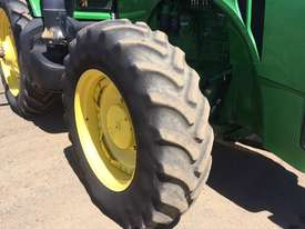John Deere 8335R FWA/4WD Tractor - picture11' - Click to enlarge