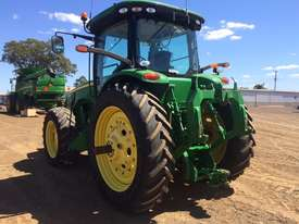 John Deere 8335R FWA/4WD Tractor - picture13' - Click to enlarge