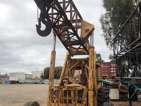 CRANVEL 3 TONNE TRACTOR CRANE - picture1' - Click to enlarge