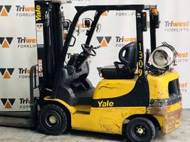 Yale 2.0t counterbalanced container mast forklift - picture0' - Click to enlarge