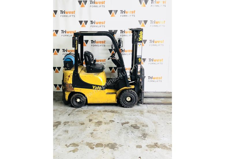 Yale 2.0t counterbalanced container mast forklift