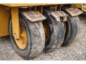 CATERPILLAR PS-300C Pneumatic Tired Compactors - picture5' - Click to enlarge