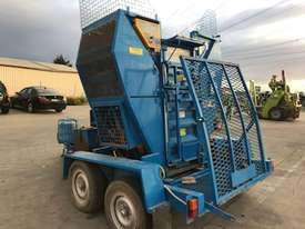 2008 Trethaway SL350A3-C310 Auto Bailer - picture2' - Click to enlarge