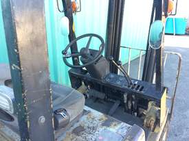 2.5T Counterbalance Forklift - picture5' - Click to enlarge
