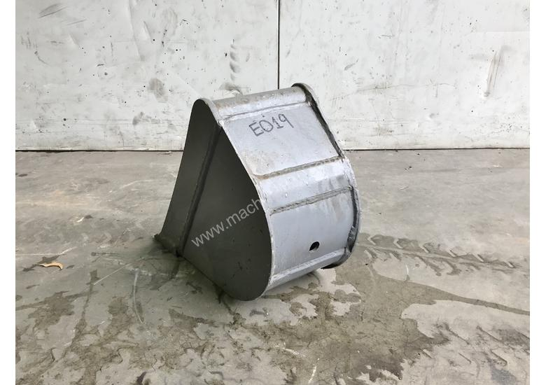 UNUSED 200MM TRENCHING BUCKET TO SUIT 0-1T EXCAVATOR E019