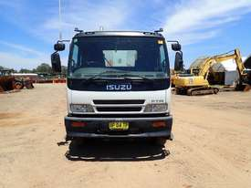 Isuzu FTR900 Tipper  - picture5' - Click to enlarge