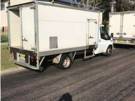 2007 Ford transit Refrigerated truck - picture2' - Click to enlarge