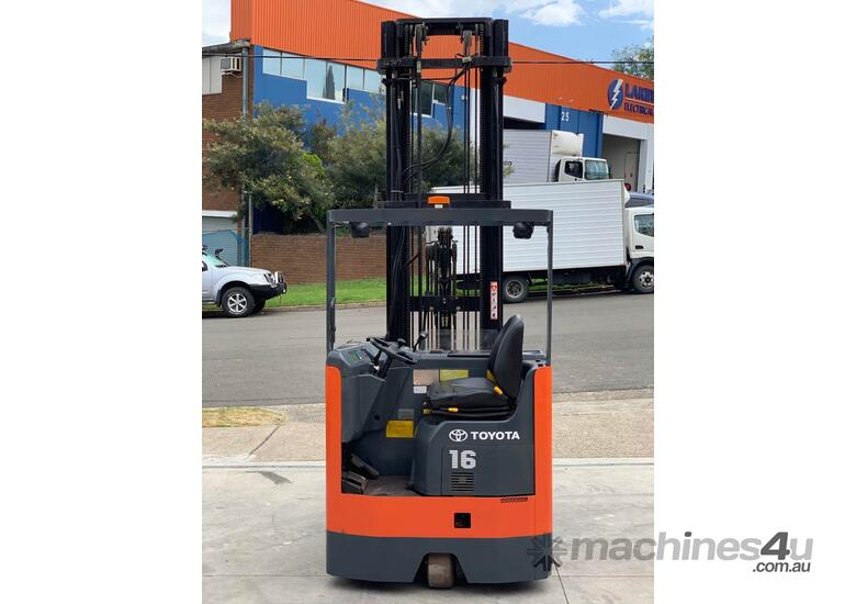 Toyota 1.6T Ride On Reach Truck for HIRE from $200pw + GST