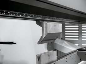 Bystronic Xact Smart Pressbrake - picture4' - Click to enlarge