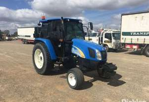 New Holland 2011   T5030