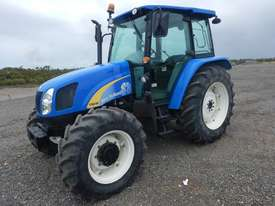 2013 New Holland T5040 4WD Tractor 4 Cyl c/w A/C, 3 Point Linkage, Drawbar (Hour Meter Shows 2,625)  - picture0' - Click to enlarge