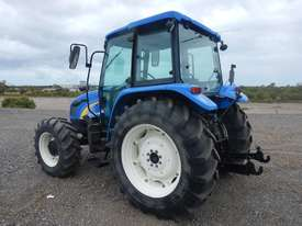 2013 New Holland T5040 4WD Tractor 4 Cyl c/w A/C, 3 Point Linkage, Drawbar (Hour Meter Shows 2,625)  - picture1' - Click to enlarge